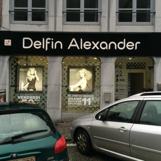 Enseigne commerciale du salon de coiffure Delfin Alexander de Soignies
